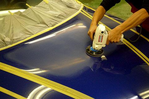 車磨き研究所の磨き2 塗装面をフラットになるまで磨く