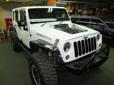 Jeep クライスラー ジープ ラングラー UNLIMITED サハラ 磨き&ガラスコーティング&オプション再施工終了