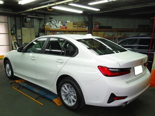 BMW ビーエムダブリュー 320i(3BA-5F20)