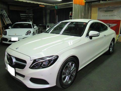 Mercedes-Benz  メルセンツ C180 スポーツ 車内丸洗いクリーニング&車内可視光光触媒+銀イオンコーティング プレミアム施工終了