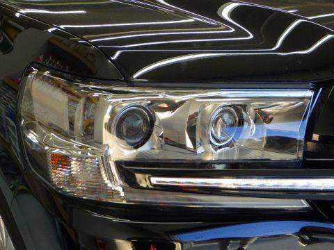 TOYOTA トヨタ ランドクルーザー200 AX(CBA-URJ202W)オプション施工ヘッドライトカバー専用エクスペル・ペイントプロテクションフィルム・ライトスモーク貼り込み終了