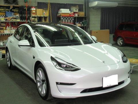 Tesla テスラ モデル3 デュアルモーターAWD(ZAA-3L23)磨き&ガラスコーティング&オプション施工終了